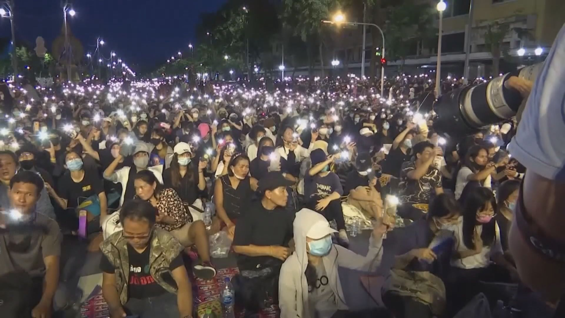 泰國反政府示威持續 示威者要求總理巴育下台