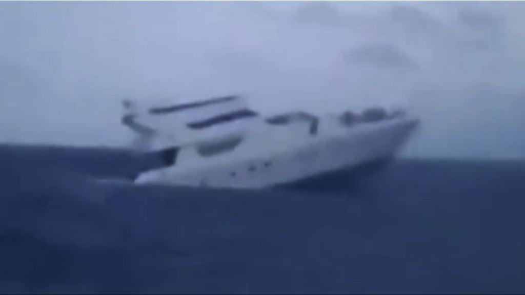 布吉兩遊船沉沒 33名中國遊客死亡