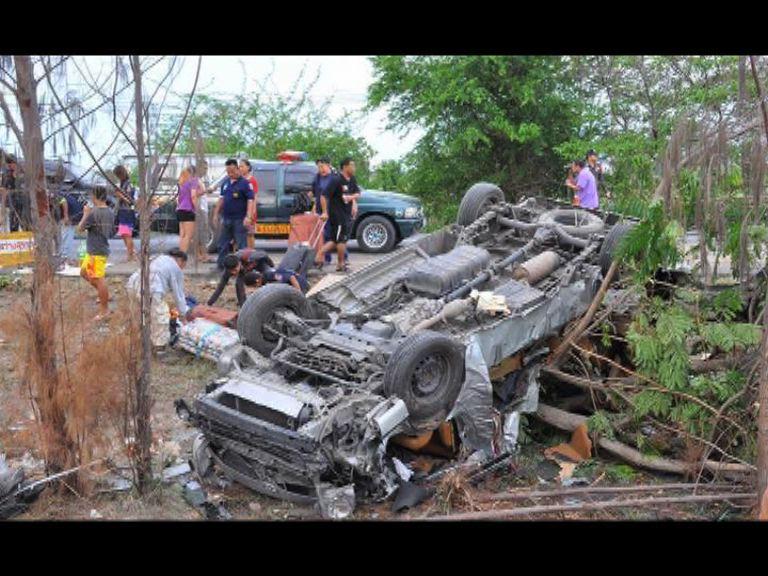港人遊泰國遇車禍三死三傷