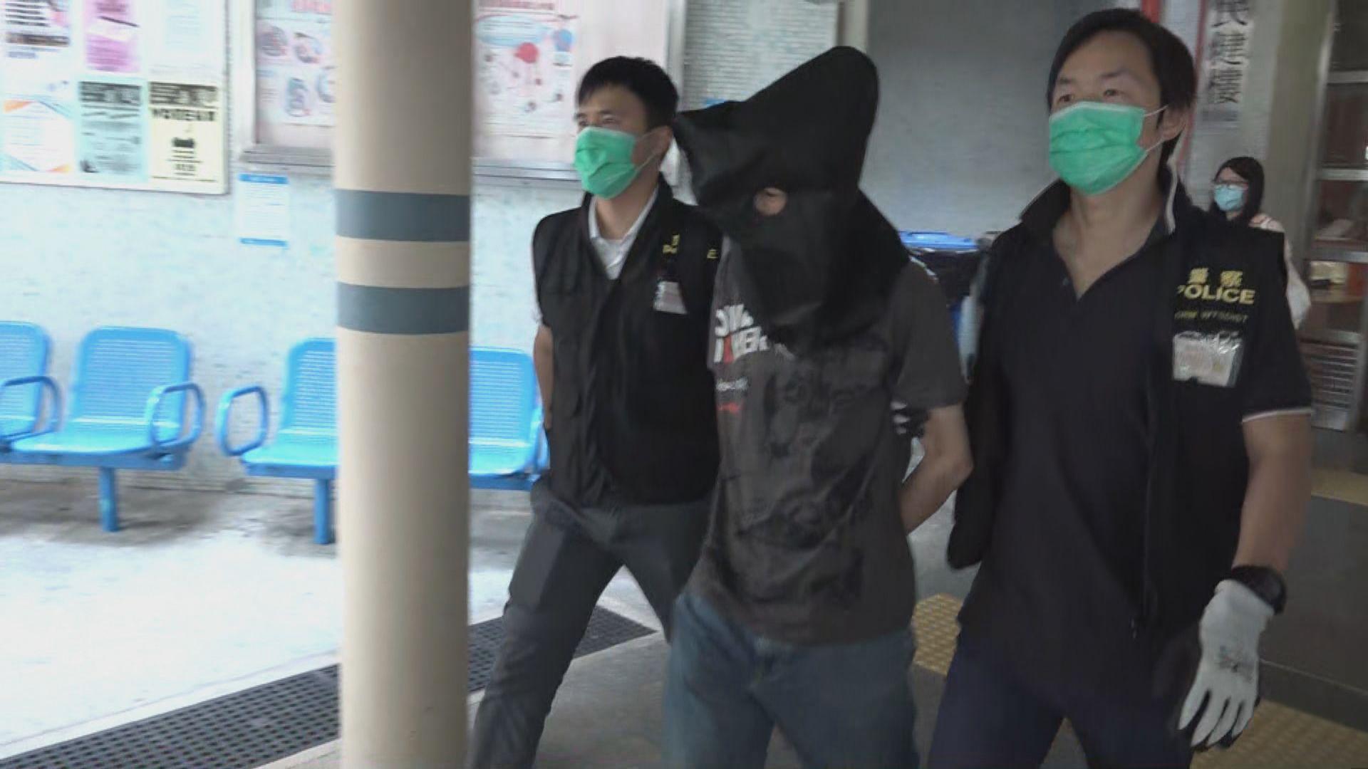警方拘捕一名男子 涉全港多區13宗車內盜竊