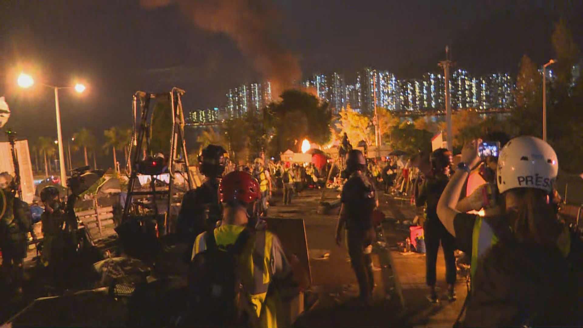 二號橋發生大火 中大要求外地生立即離開