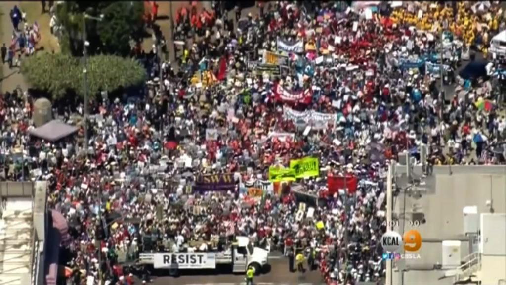 美國多個城市有反特朗普示威