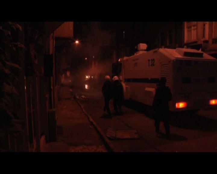 土耳其庫族人示威演變衝突14死