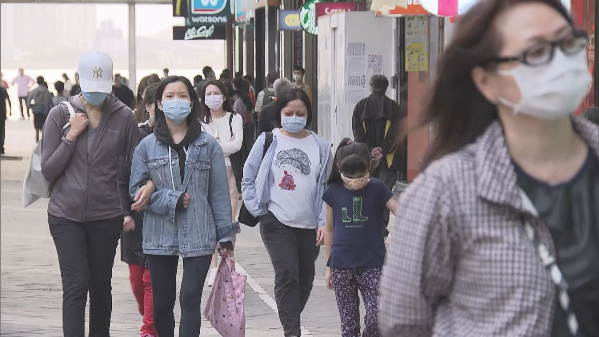 袁國勇:若全民戴口罩可分階段放寬防疫措施