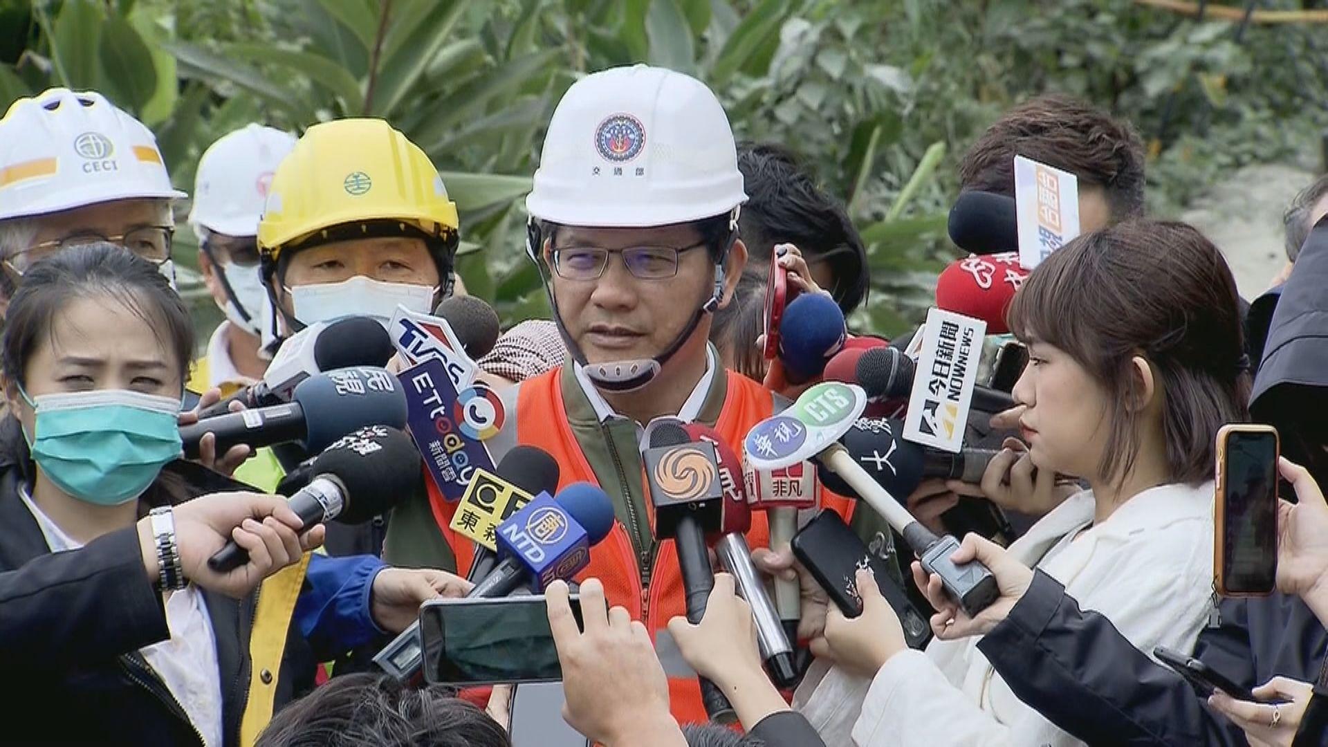 台鐵出軌事故 當局指應集中搶救未討論林佳龍辭職問題
