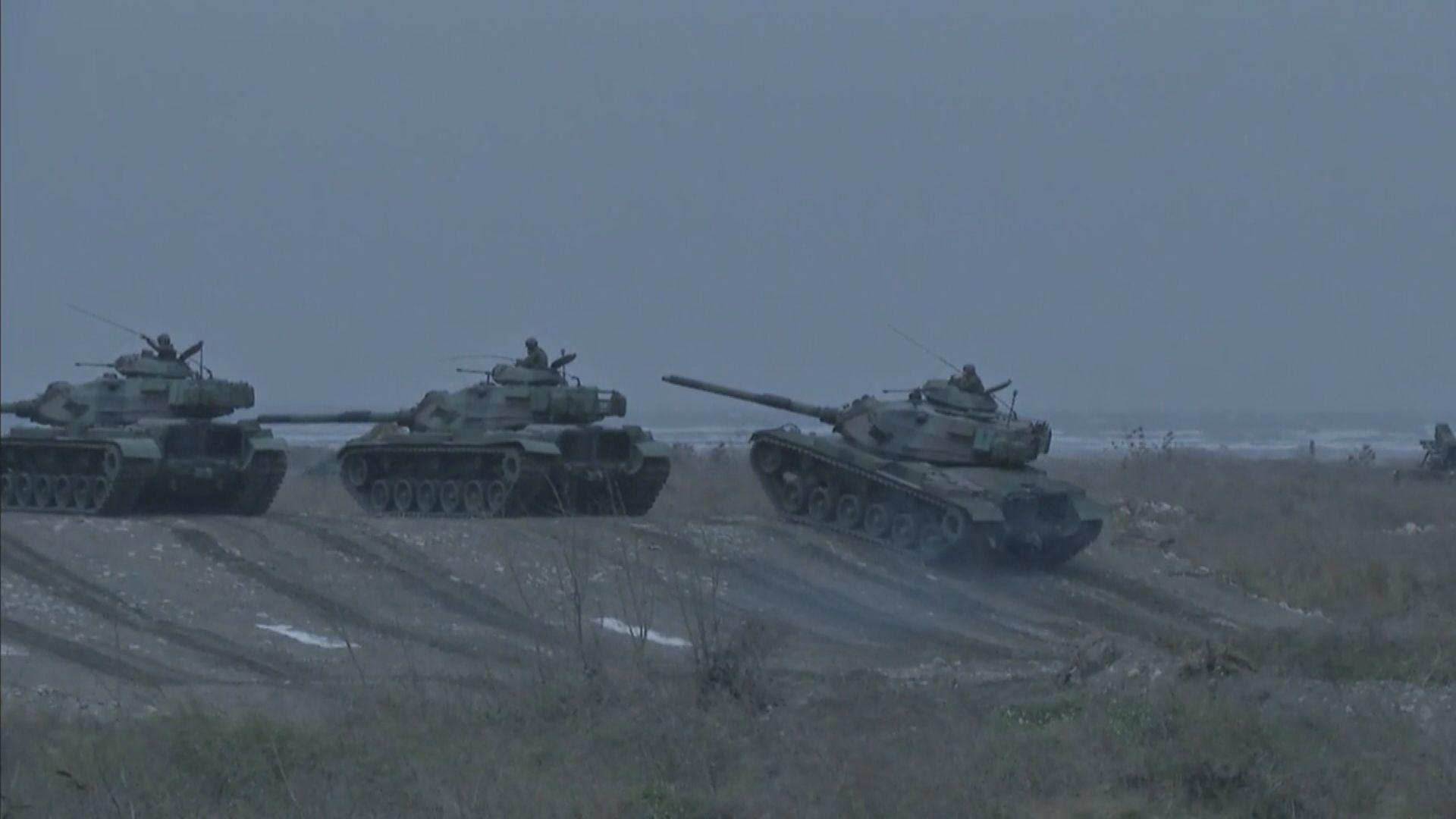台灣軍方演習模擬解放軍搶灘登陸