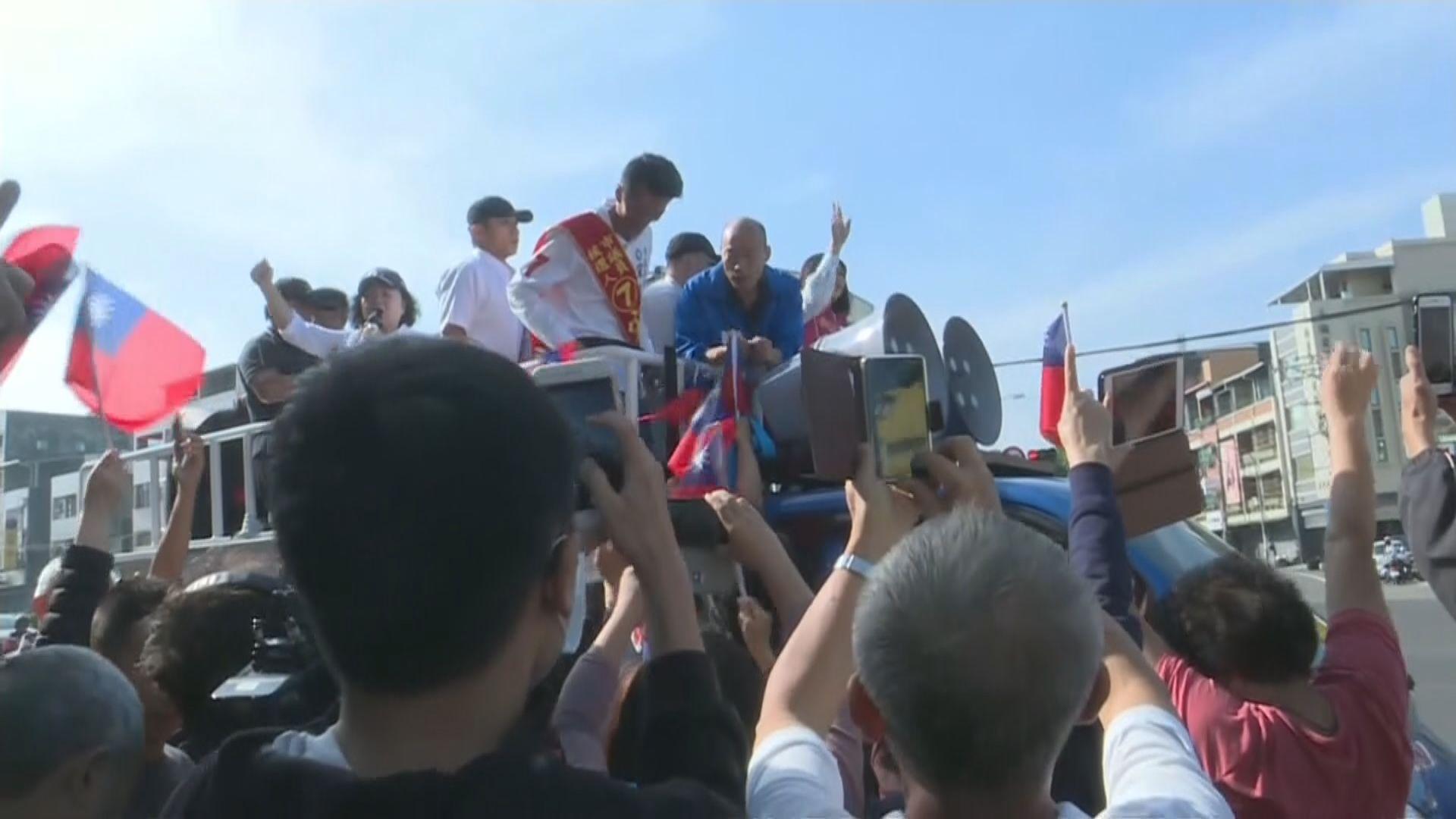 台灣九合一選舉 候選人把握機會到各區拜票
