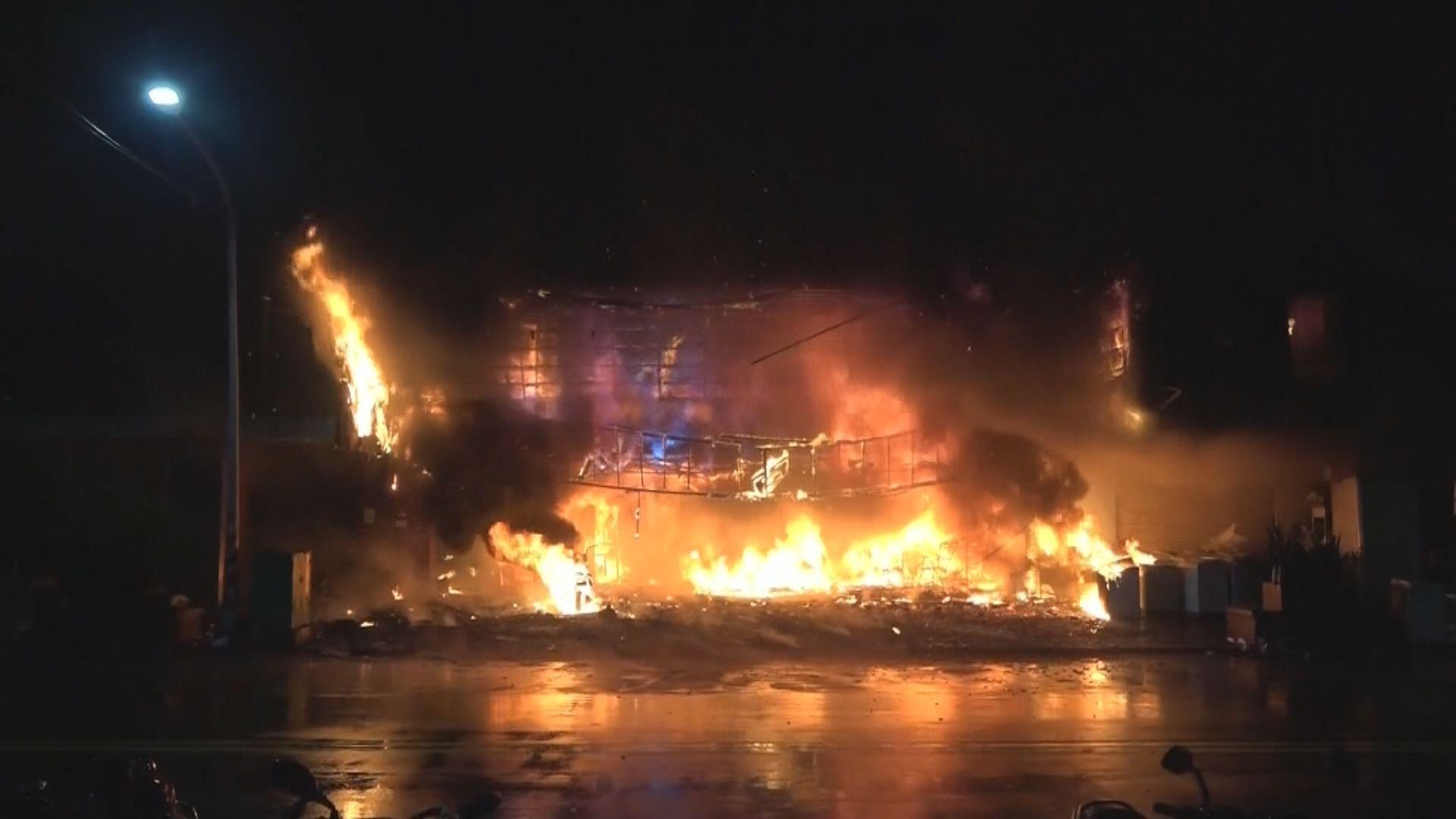 高雄樓宇大火逾60人送院 多人無呼吸心跳
