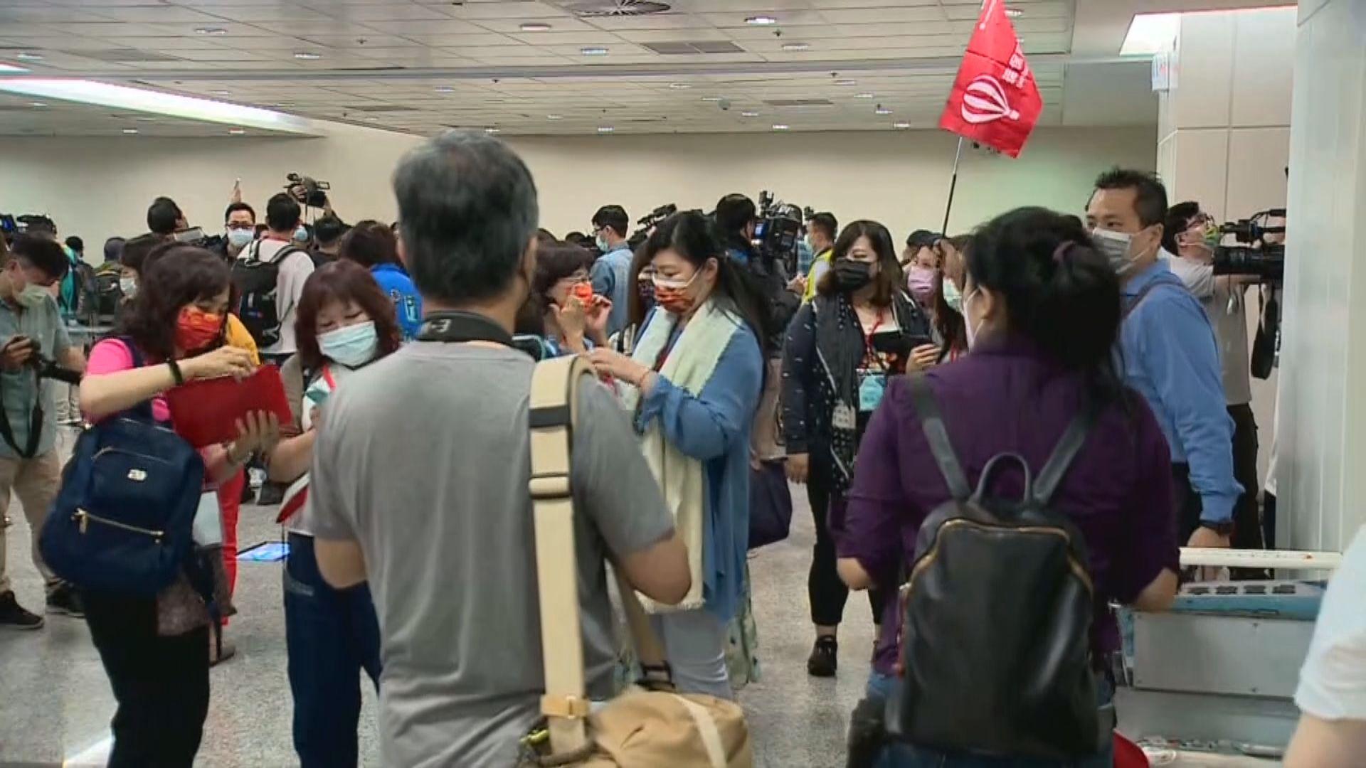 台灣帕勞旅遊氣泡啟動 近百旅客通過病毒檢測順利出發