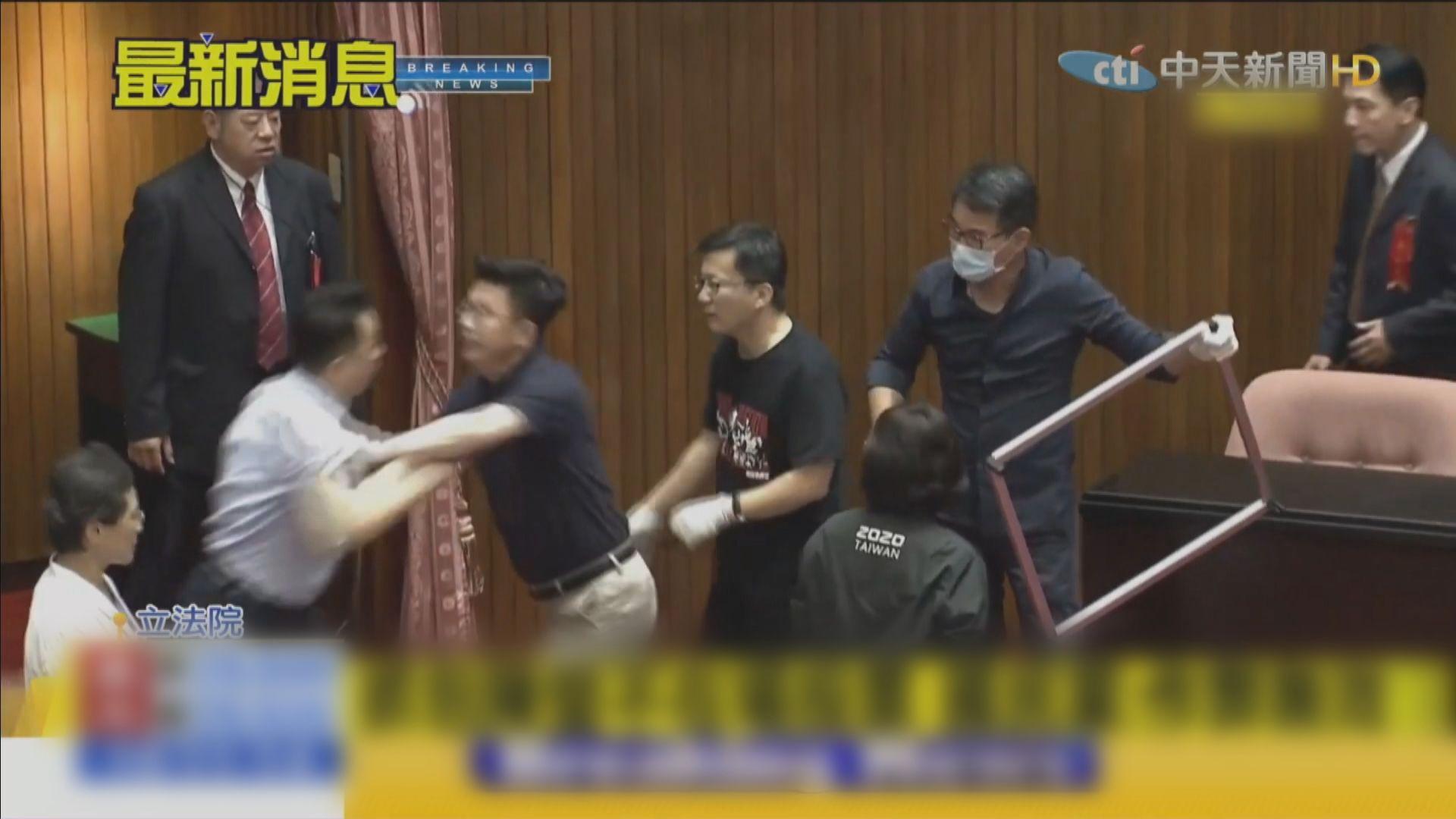 立法院今表決是否由陳菊擔任監察院長 藍綠再爆衝突