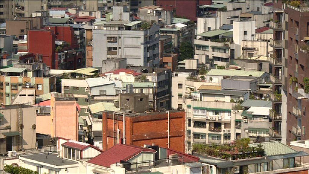 台北市及新北市舊樓頭重腳輕 安全惹關注
