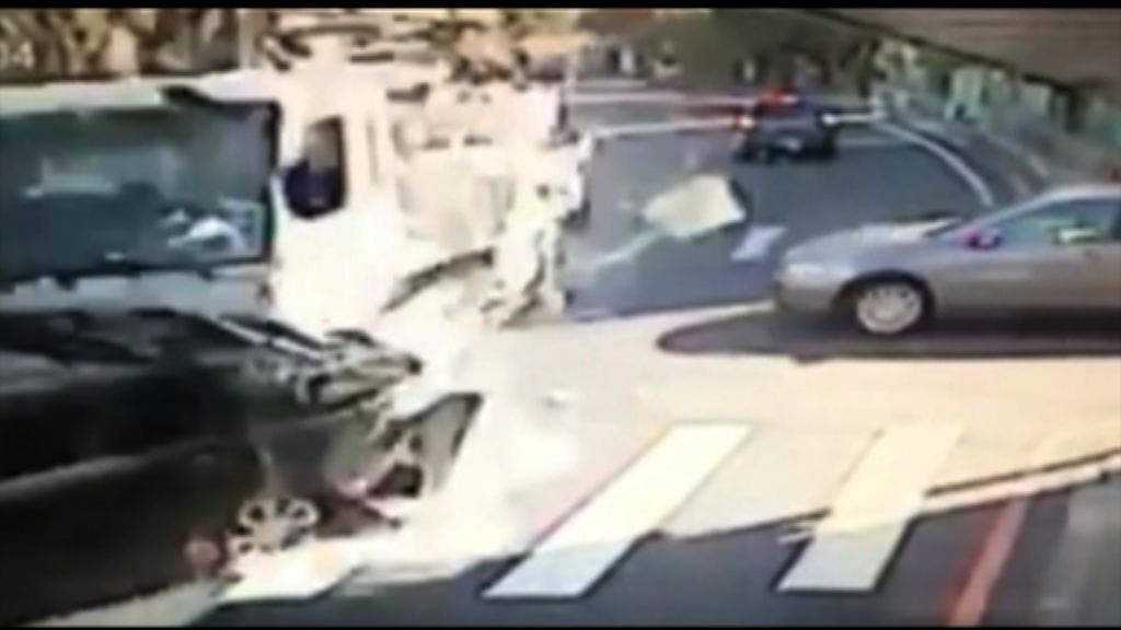 陽明山混凝土車引發連環相撞4死9傷