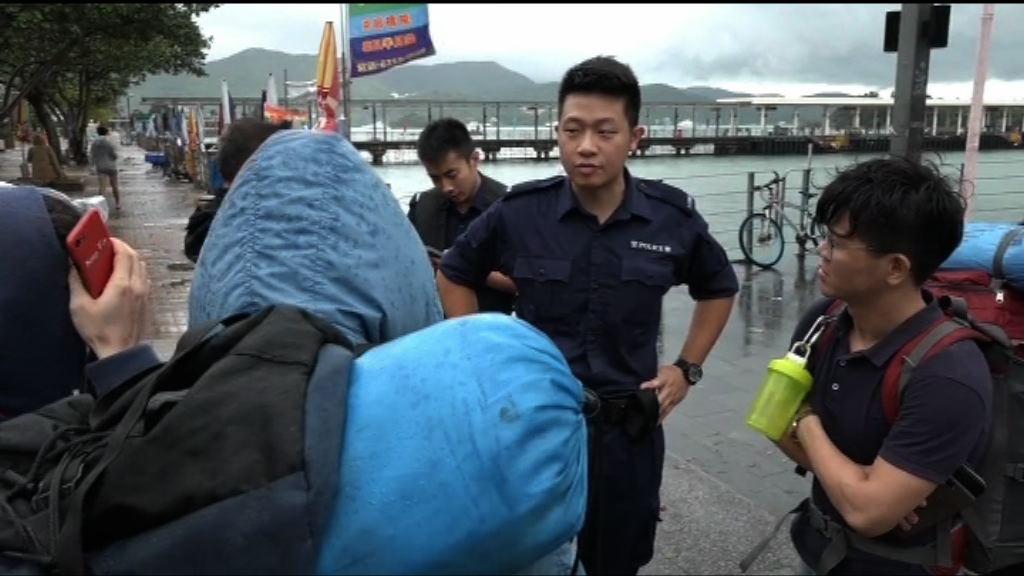 多名內地旅客被困橋咀島 警方:冀旅客量力而為