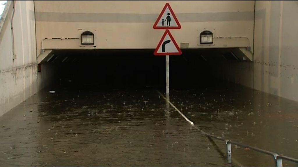 城門河水位上漲隧道被浸