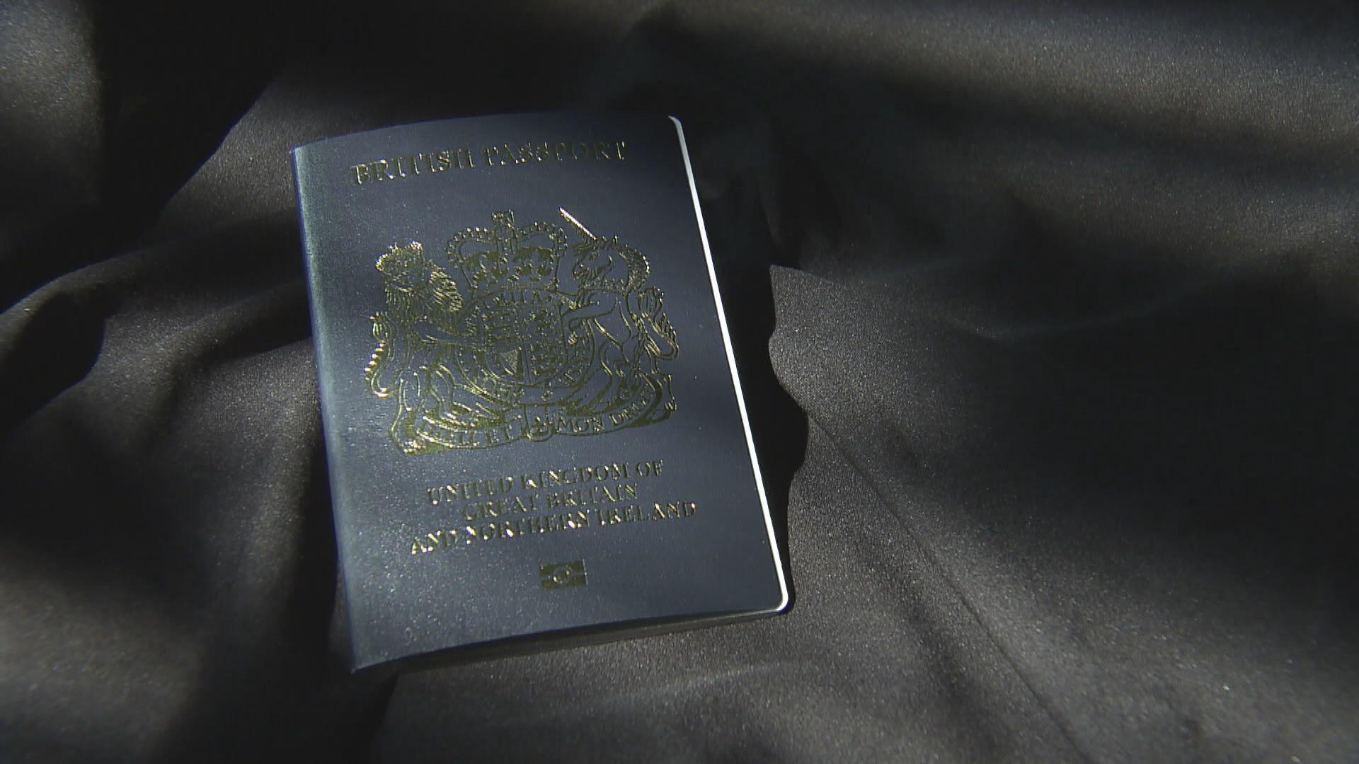泰晤士報:有五千人以BNO身份申請居英
