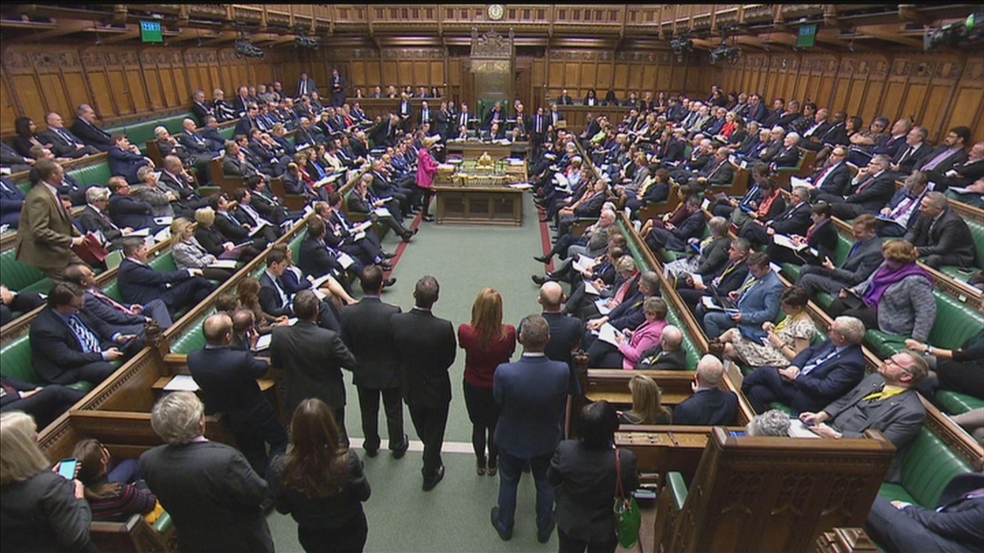 英國國會辯論脫歐協議順延進行