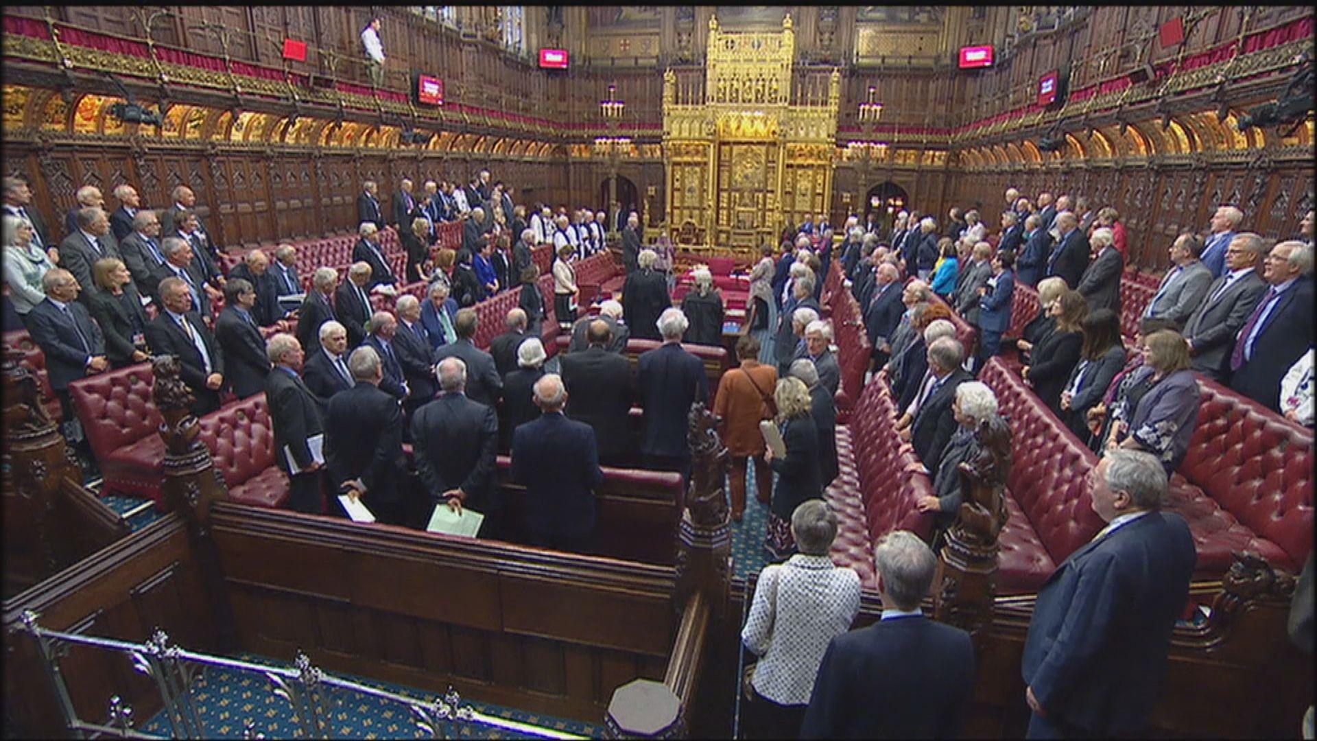 英議員擬用法律行動防止約翰遜拒延後脫歐