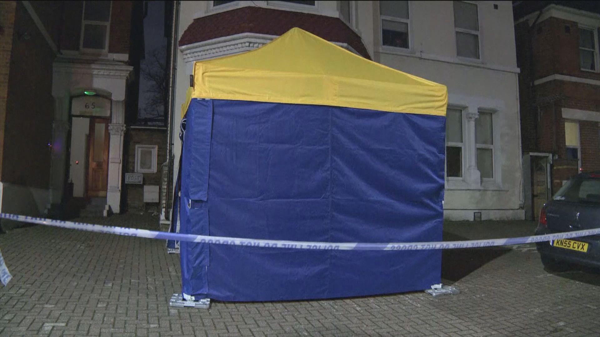 英國倫敦有空置樓房發現懷疑爆炸品