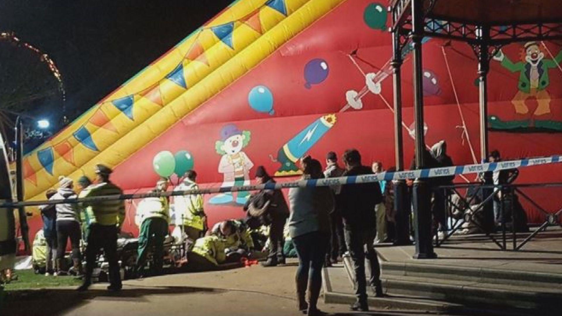英國巨型充氣滑梯意外八名小童重傷