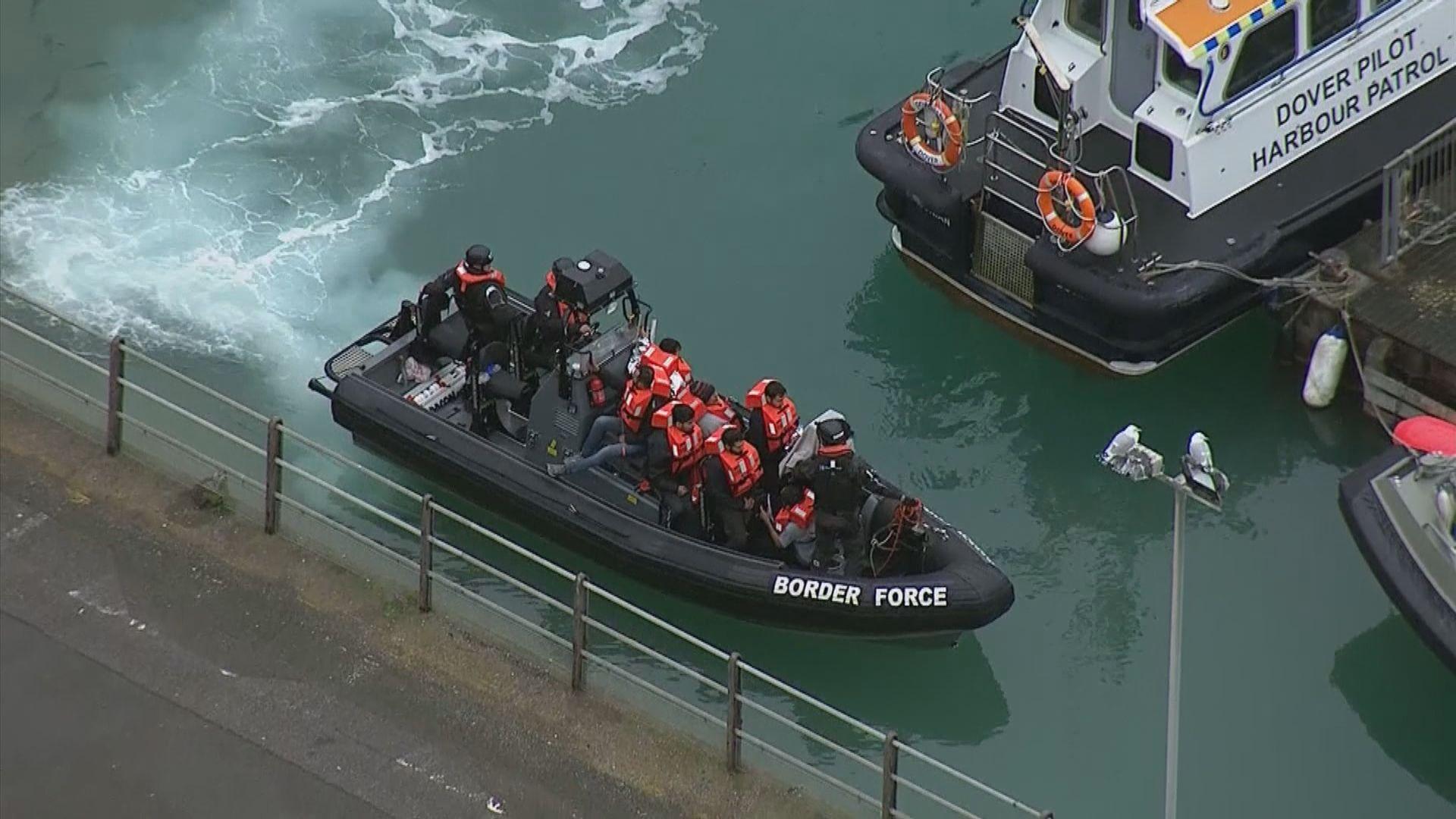 經英倫海峽偷渡移民急增 英國列重大事故