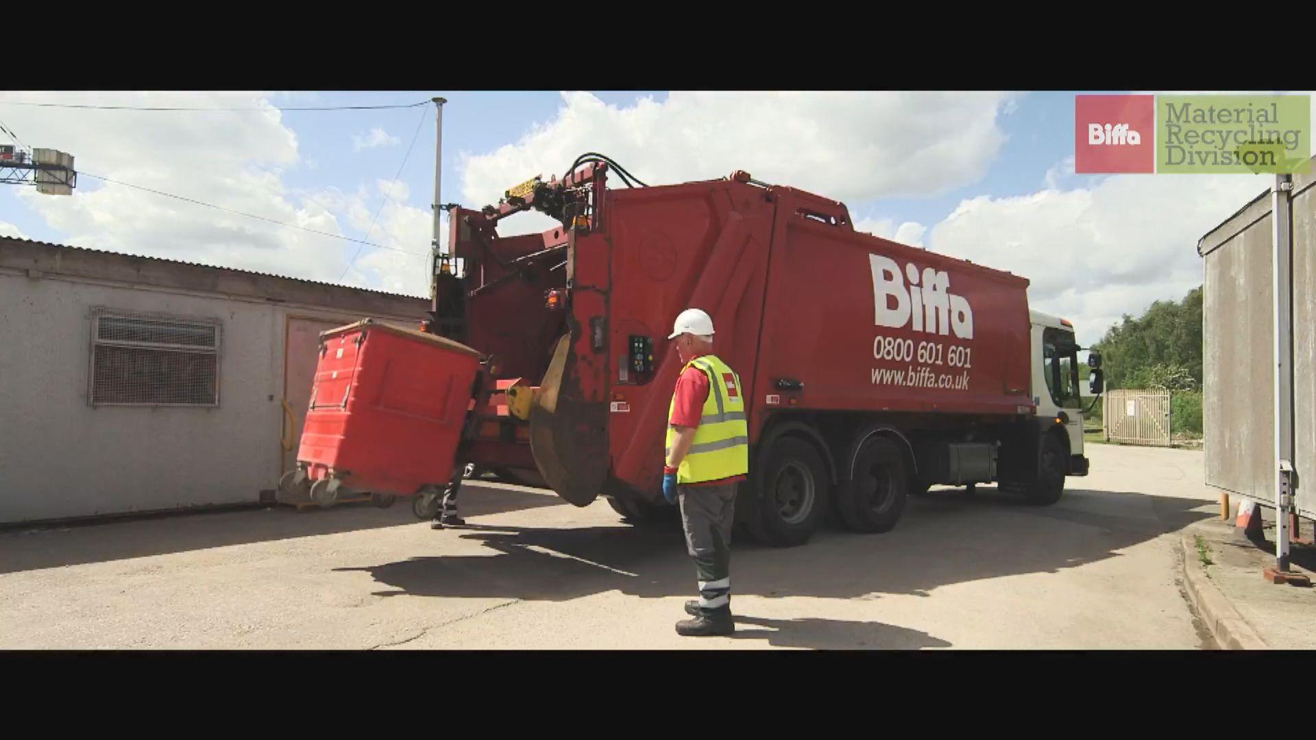 英國垃圾處理公司出口逾千噸垃圾到印尼印度 被罰150萬英鎊