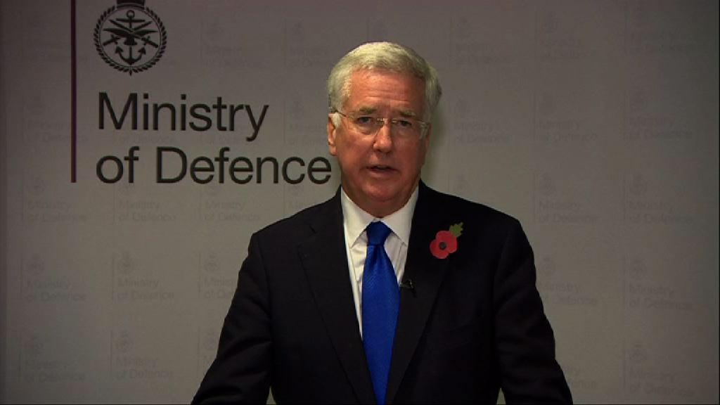 英國防相捲性騷擾醜聞宣布辭職