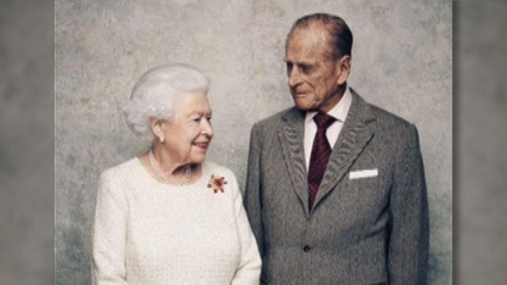 英女王周一慶祝與王夫結婚70周年