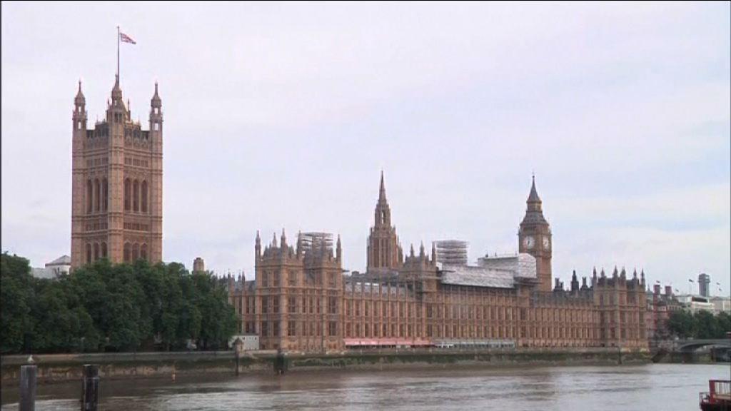 英國大選投票開始