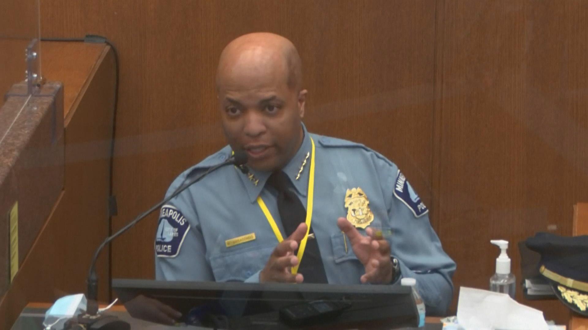 弗洛伊德案 涉事警員肖萬上司指跪頸方式有違警隊訓練