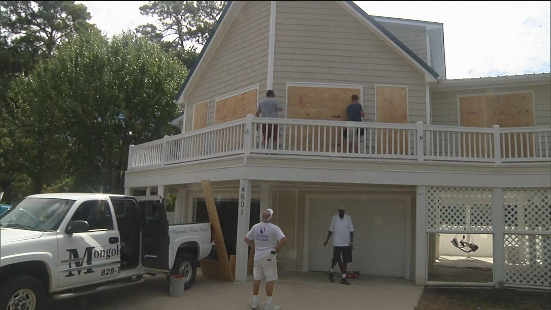 颶風逼近美國東岸 過百萬人需撤離