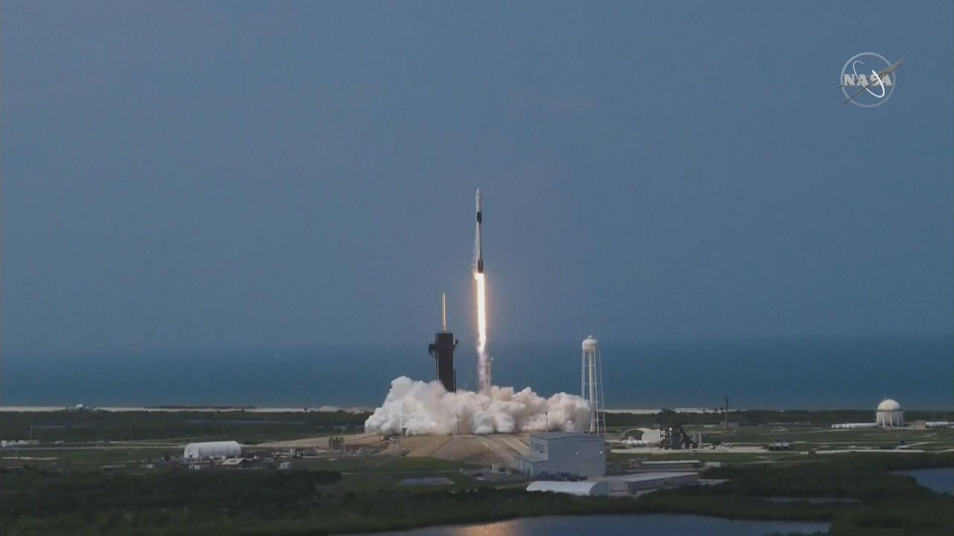 美國SpaceX「獵鷹9號」火箭順利升空