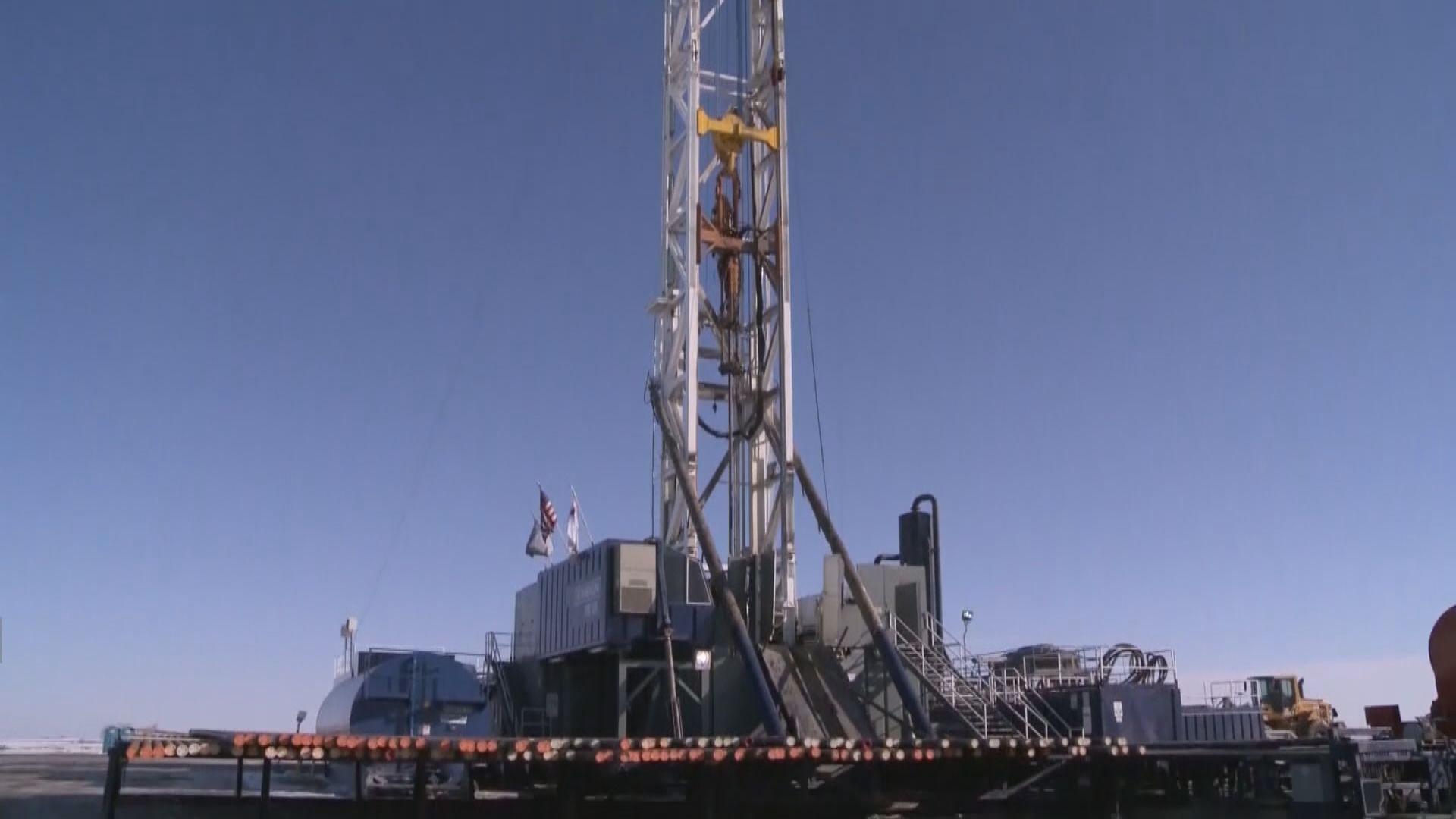油價先升後跌 紐約期油挫逾9%因擔心減產力度不足