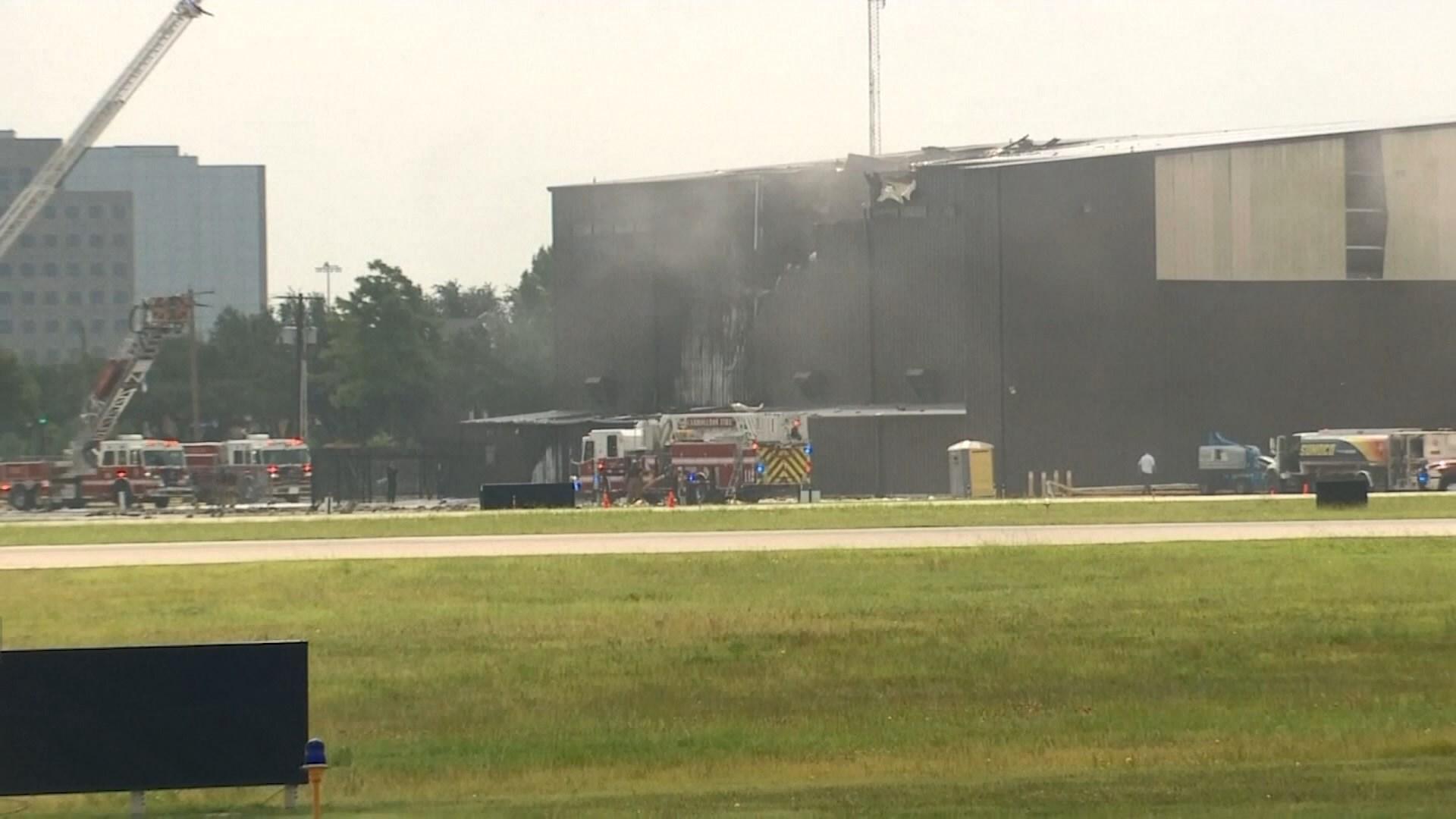 美國得州小型飛機墜毀十人死亡