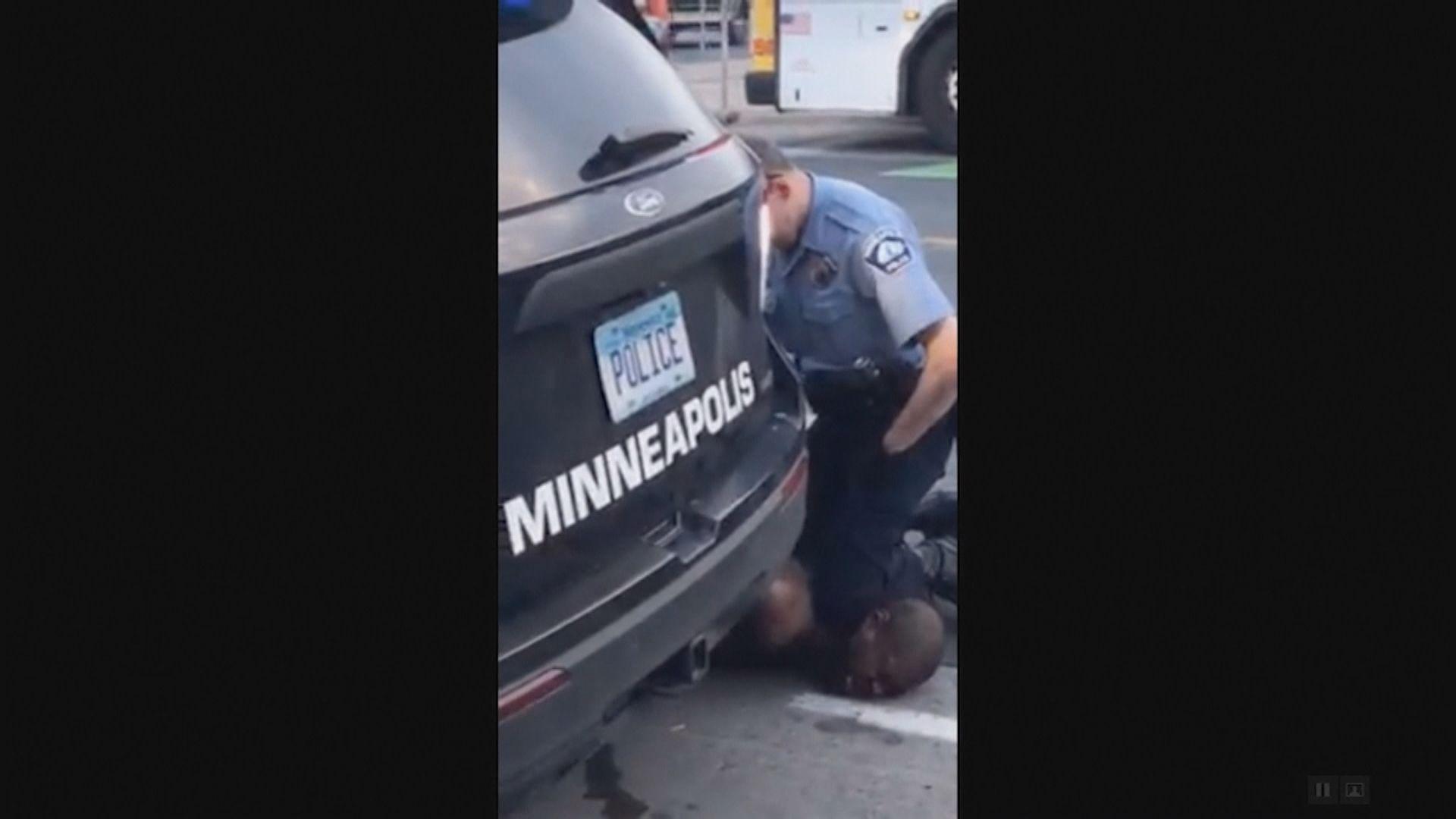 美國涉用過度武力警員遭起訴謀殺及誤殺罪