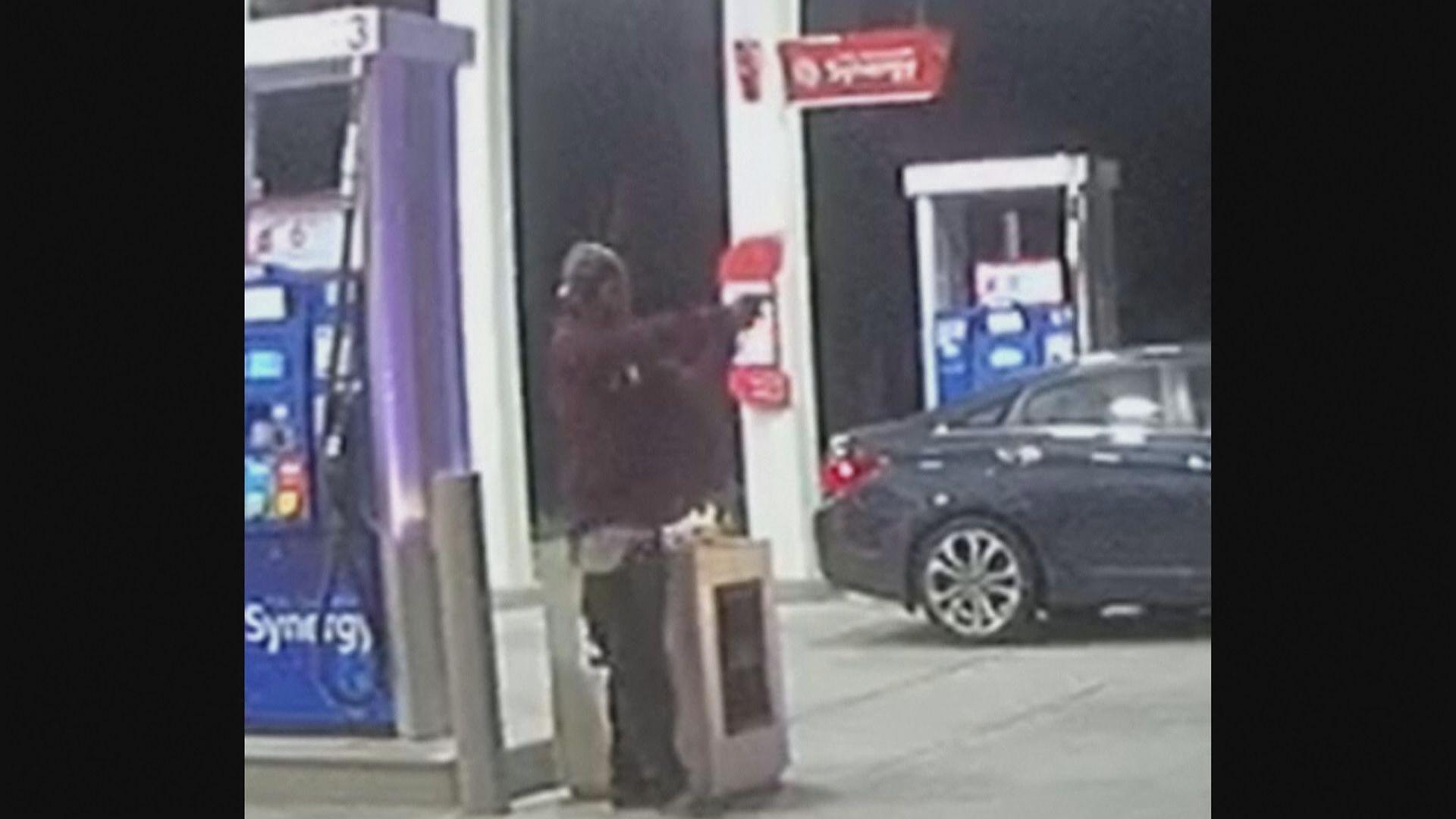 南加州警員擊斃疑持槍男子 目擊者估計錯將電筒當手槍