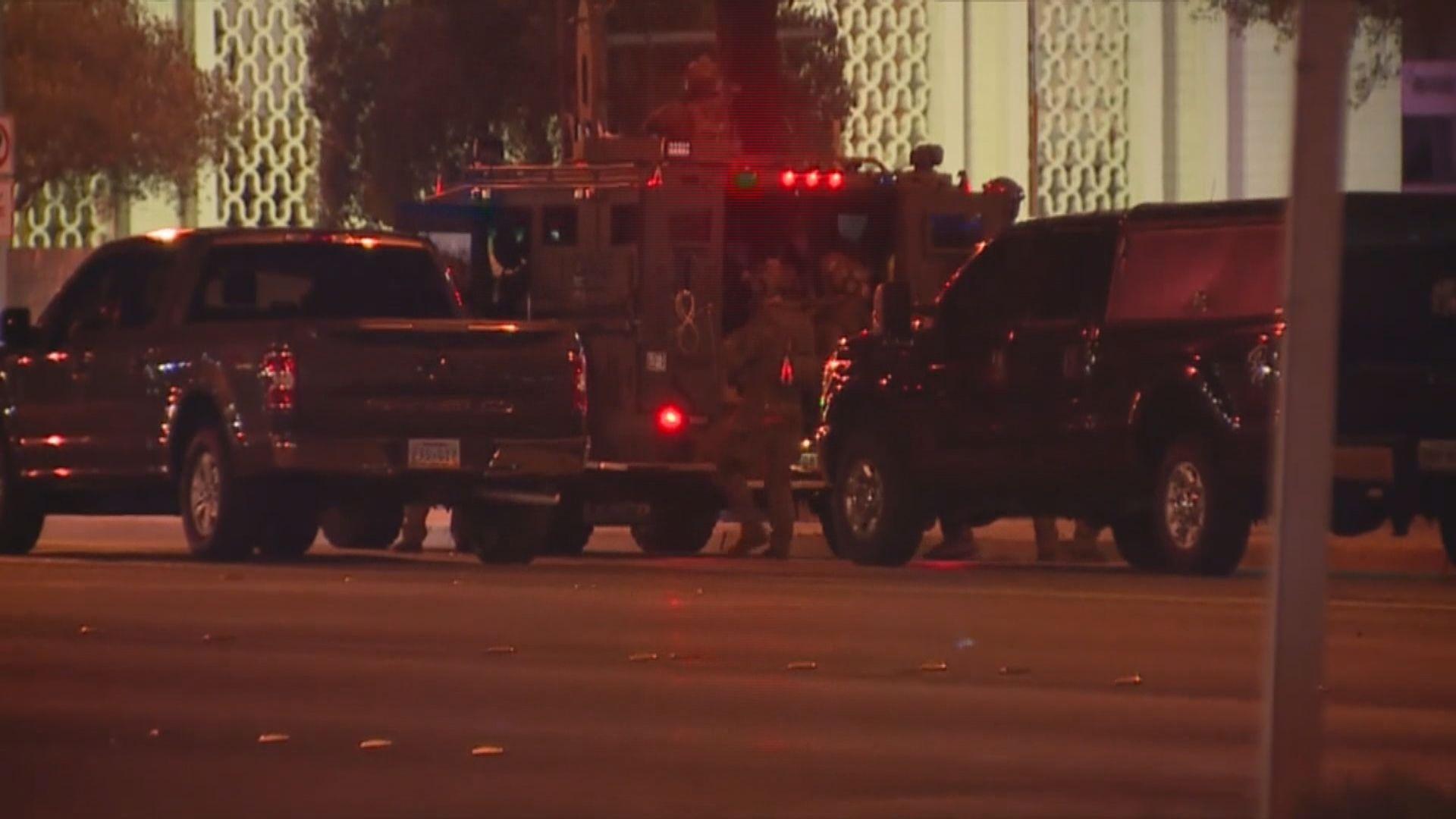 美國示威持續 一警員遭開槍擊中頭部送院救治