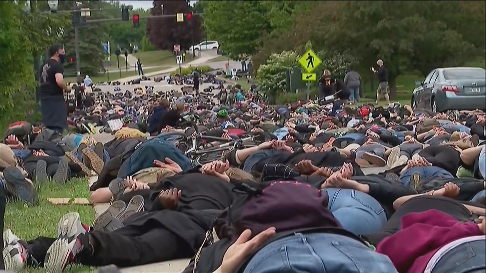 美國多地持續有示威抗議警暴