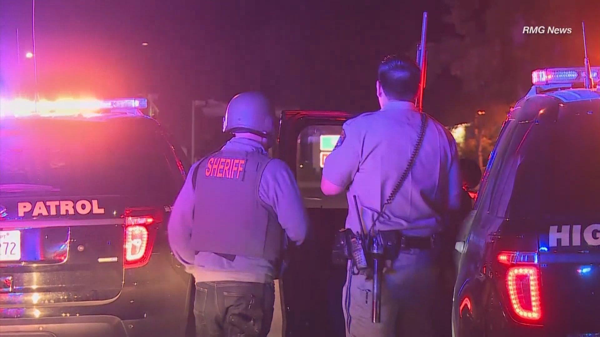 美國南加州槍擊案 特朗普讚揚警方表現英勇