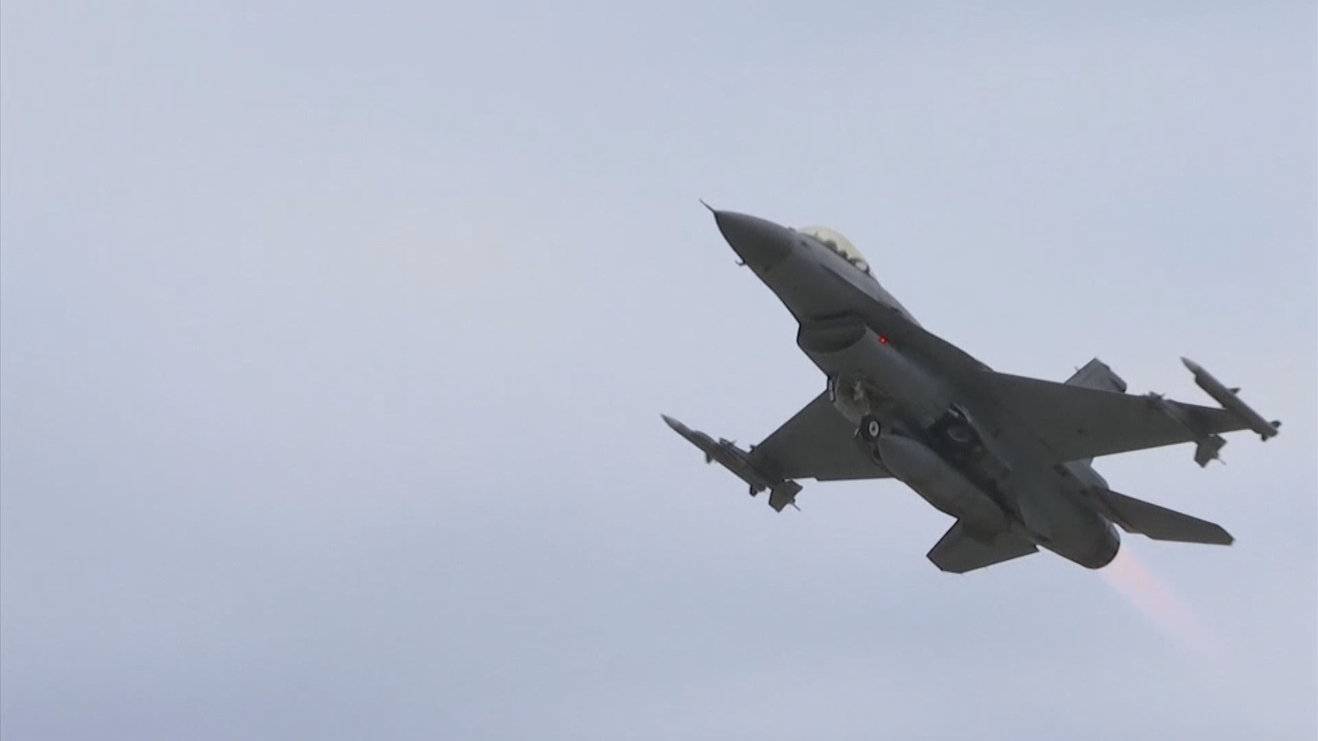 據報特朗普默許向台灣出售F-16戰機