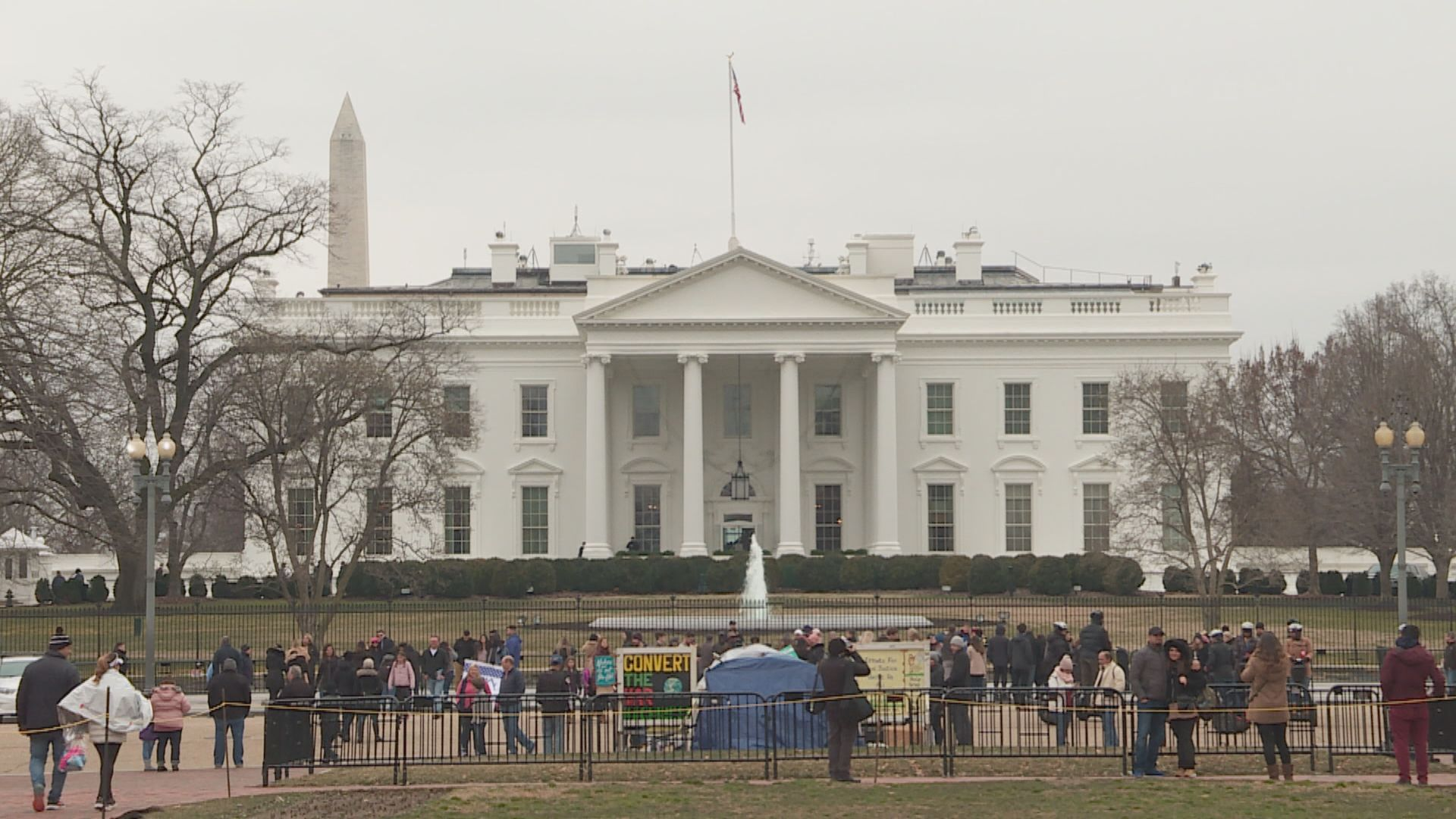 特朗普以白宮作選舉指揮中心被查