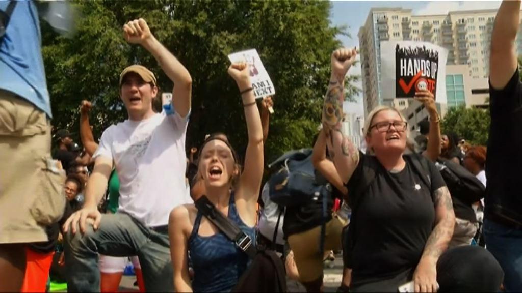 美夏洛特市警公開黑人被槍擊片未息民憤