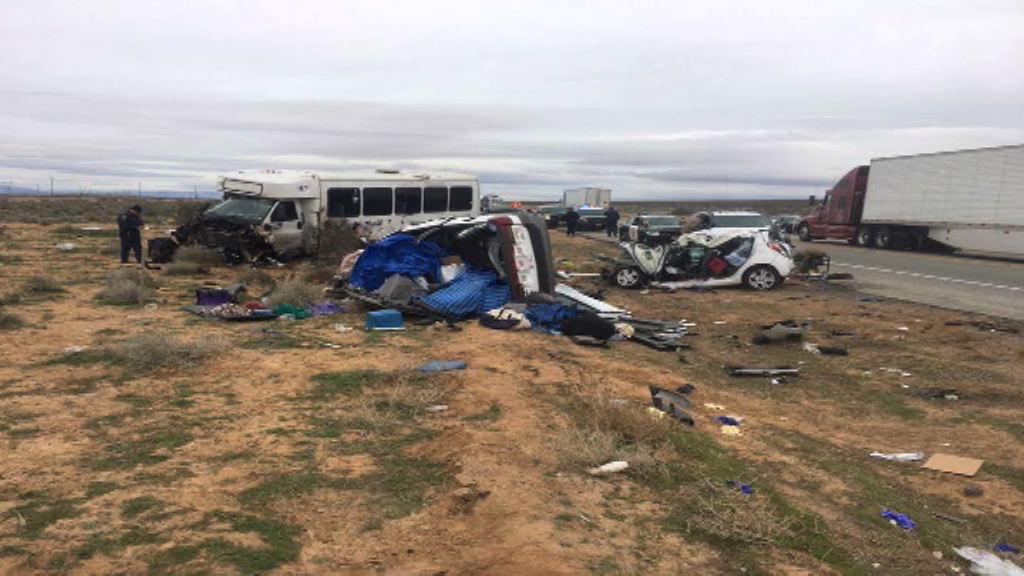美載華旅客巴士車禍釀一死廿六傷