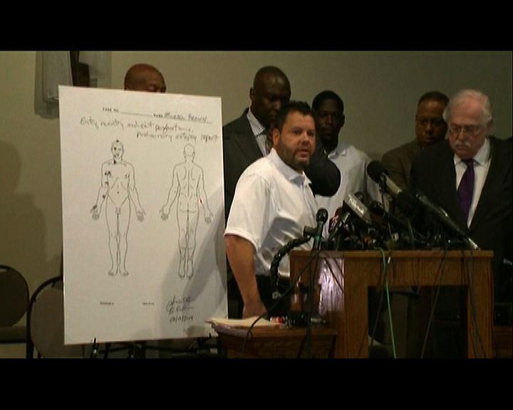 初步驗屍指黑人青年布朗身中至少六槍