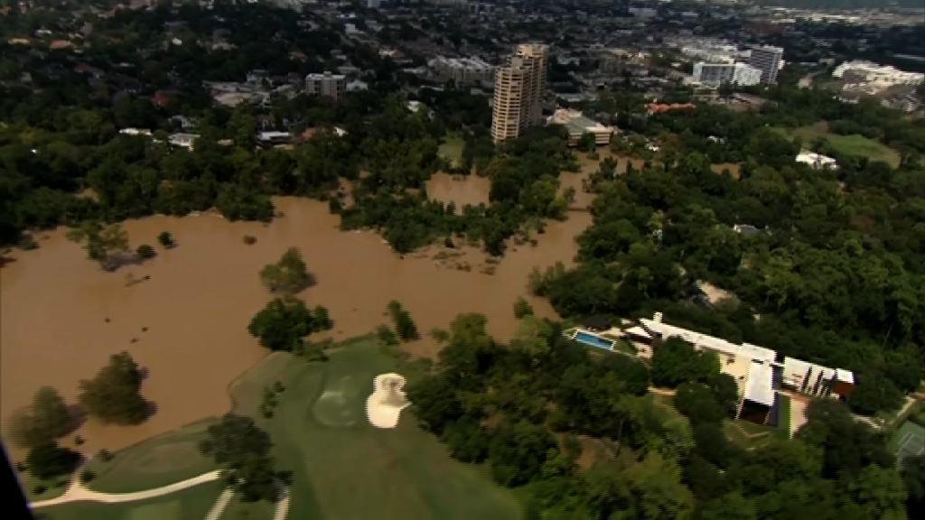 得州休斯敦多地洪水料周六退卻