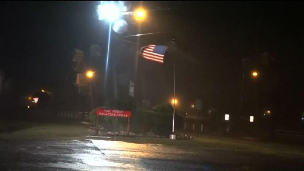 颶風哈維登陸美國得州 多處建築物嚴重損毀