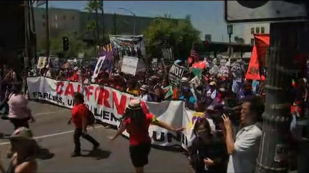 美國勞動節集會抗議特朗普入境政策