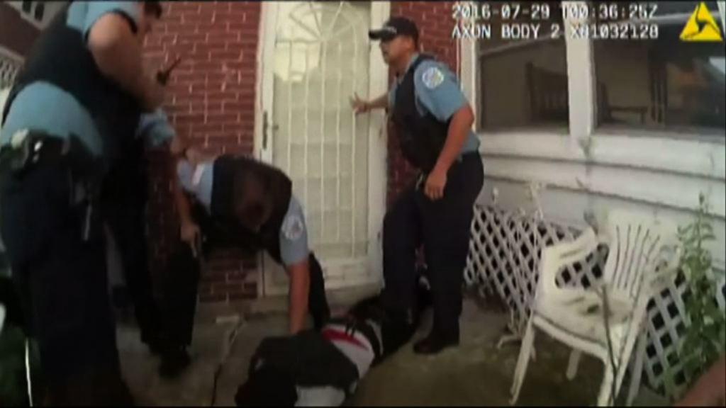 美國再有黑人青年遭警擊斃