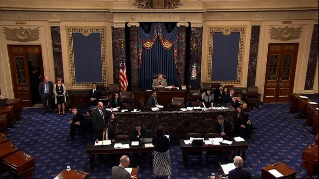 美國會通過臨時撥款免政府停擺