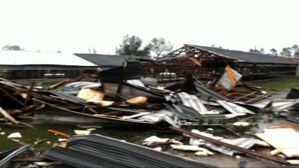 龍捲風吹襲美國南部16人喪生