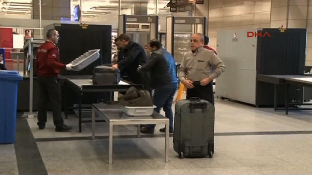 傳恐怖分子擬藏爆炸品於電子產品襲民航機